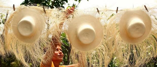 Ecuador promociona en China los sombreros de paja toquilla ... d7a8671daa5